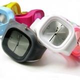 Silikonové hodinky Square - různé barvy